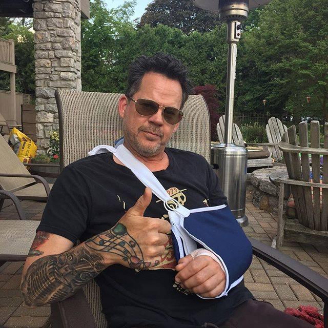 Toriko Fully Recovering His Arm Jpg