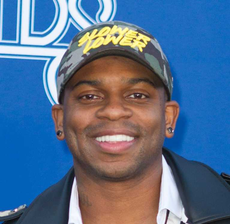 Jimmie Allen And Fiancée Expecting A Baby Girl