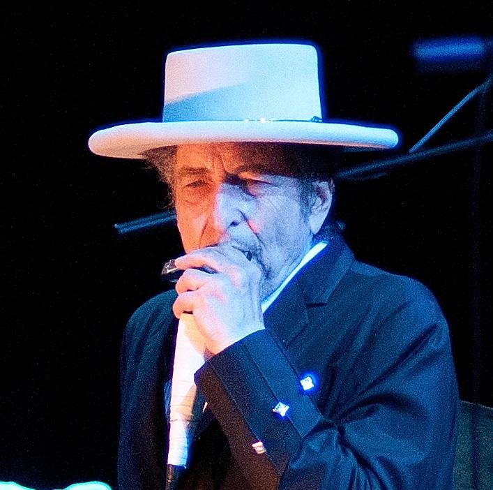 Bob Dylan sells entire song catalogue